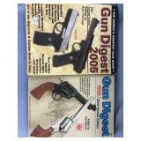 Lot of 2 gun books           (O 16)