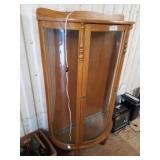 Vintage display cabinet w/ 3 glass shelves and lig
