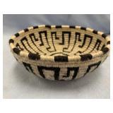 """Woven basket woolen yarn, 6"""" across            (P"""