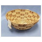 Gathering of the Berries basket, Ponderosa pine