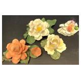 Lot of 4 pieces: 3 of Capodimonte porcelain figuri