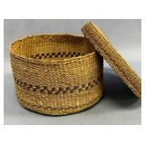 "Small lidded basket of Native American origin, 5"""
