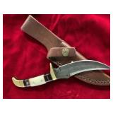 Hunting knife, Damascus bladed, with buffalo horn,