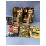 Box lot mostly Star Wars toys         (H 96)