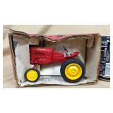 1/16 Massey-Harris Pony Tractor