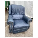 BLUE LEATHER LAZYBOY RECLINER