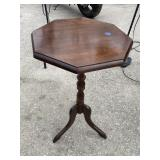OCTAGON MAHOGANY CANDLE STAND