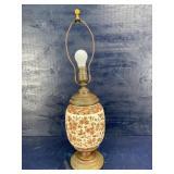 ANTIQUE BROWN & WHITE PORCELAIN TABLE LAMP