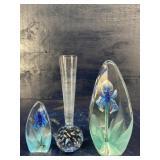 3 PIECES MATS JONASSON SWEDEN ART GLASS