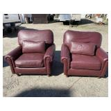 PR OF LEATHER CLUB CHAIRS