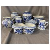 8 pc BLUE AND WHITE PORCELAIN LOT