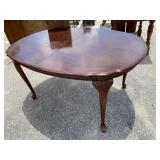 CHERRY QUEEN ANNE DINING ROOM TABLE