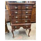 MAHOGANY QUEEN ANNE CABINET
