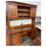 STANLEY CHERRY DESK WITH HUTCH TOP