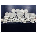 89 PIECES OF ROSENTHAL WHEAT CHINA SET