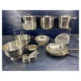 11 PC COOKWARE LOT