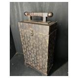 DECORATIVE WINE BOX