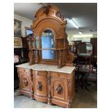 ONLINE HIGH END FURNITURE AND ANTIQUES AUCTION