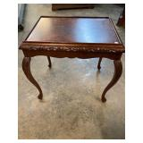 MAHOGANY QUEEN ANNE TABLE BURLED TOP