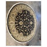 ROUND HANDMADE RUG 76.5 diameter