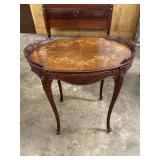 OVAL INLAID FRENCH SIDE TABLE