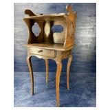 19TH CENTURY PEGGED ONE DRAWER STAND
