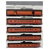 MTH SOUTHERN PACIFIC-DAYLIGHT 5 CAR PASSENGER SET