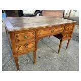 19TH CENTURY TURNED LEG DESK WITH PULL OUT SLIDES