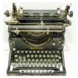 * Vintage Underwood Standard Typewriter No. 5