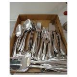 Oneida stainless steel silverware including