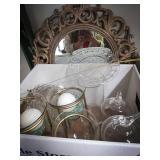 Round decorator mirror, 3 pedestal candle