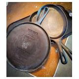 Wagner 10 1/4 inch cast iron griddle round,