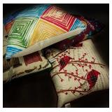 4 square throw pillows
