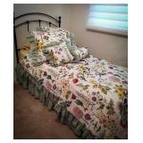 Twin size bedding set includes comforter, bed