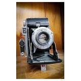 Kodak tourist camera with flash kodamatic shutter