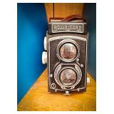 Rolleicord camera made in Germany. Comes with