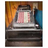 Antique Victor hand crank adding machine