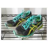 Asics Size 7.5 Shoes