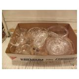 SEVERAL CLEAR GLASS DISHES