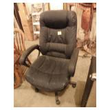 BLACK HIGH BACK ROLLING OFFICE CHAIR