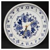 Hand Painted in Holland, Battery Operated Clock