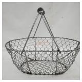 Farmhouse Décor Wire Basket