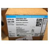 1 BOX - 2.5 L CONTAINER OF HYDROCHLORIC ACID