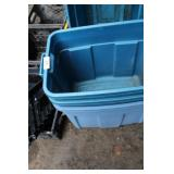 3 BLUE TOTES