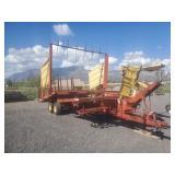 New Holland 1037 Bale Wagon