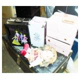 DOLL CASES AND CLOTHES