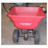 EARTHWAY TOW SPREADER