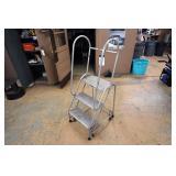 3-Step Warehouse Safety Ladder
