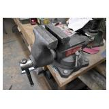 """Wilton 750 Bench Vise, MSC 4"""" Belt/6"""" Disc Sande"""