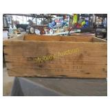PINAPPLE WOODEN CRATE